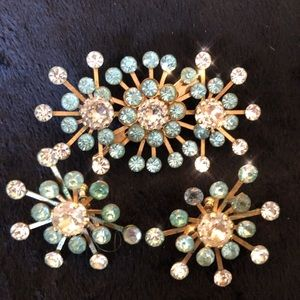 ✨VTG SET! Brooch and earrings aqua and clear stone